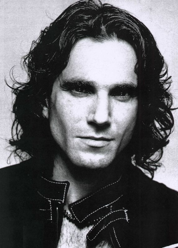 Daniel Day Lewis. Ughhh you beautiful man.<3