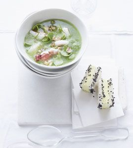 Gurken-Apfel-Suppe mit Curry-Sandwiches - Rezepte - [LIVING AT HOME]