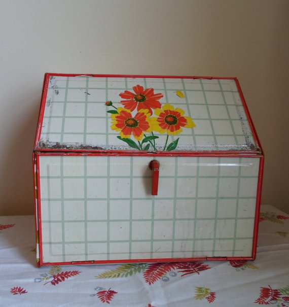 Vintage Bread Box  Red Flowers  Green and by alsredesignvintage, Etsy