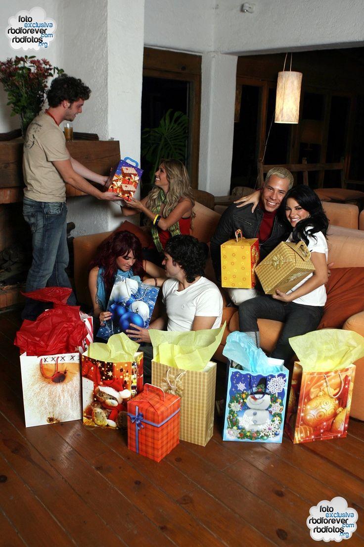 Photoshoot de Natal - HQ EXCLUSIVA! - RBD Fotos Rebelde   Maite Perroni, Alfonso Herrera, Christian Chávez, Anahí, Christopher Uckermann e D...