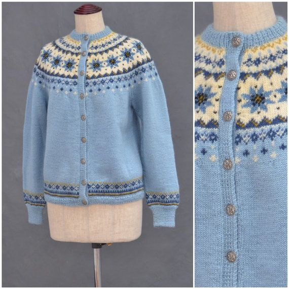 Vintage Norwegian Cardigan, 1960s blue snowflake design wool cardigan, Traditional handknitted Scandinavian knitwear, Chunky knit / sweater