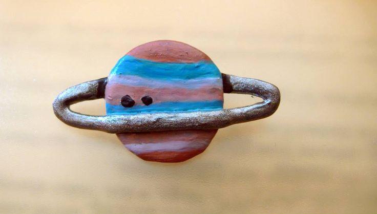 Saturn brooche - Pidlimaja