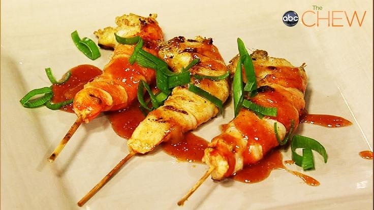 Roble Ali's Coconut Shrimp with Mango Salsa!: Ali Coconut, Coconut Shrimp, The Chewing, Tangi Dishes, Grilled Coconut, Chef Roble, Mango Salsa, Salsa Recipes, Roble Ali