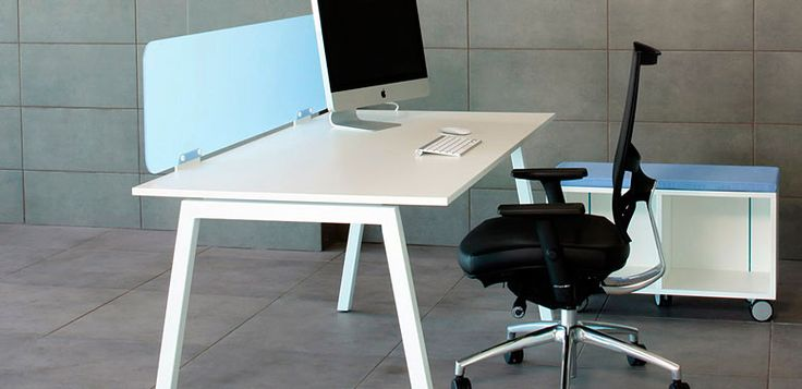 Aster recto -- Características: La línea Aster ha sido diseñada para crear espacios pensados para el trabajo en equipo, sin olvidar las prioridades de cada puesto individual. Infórmate más sobre este mueble dándole clic a la imagen.