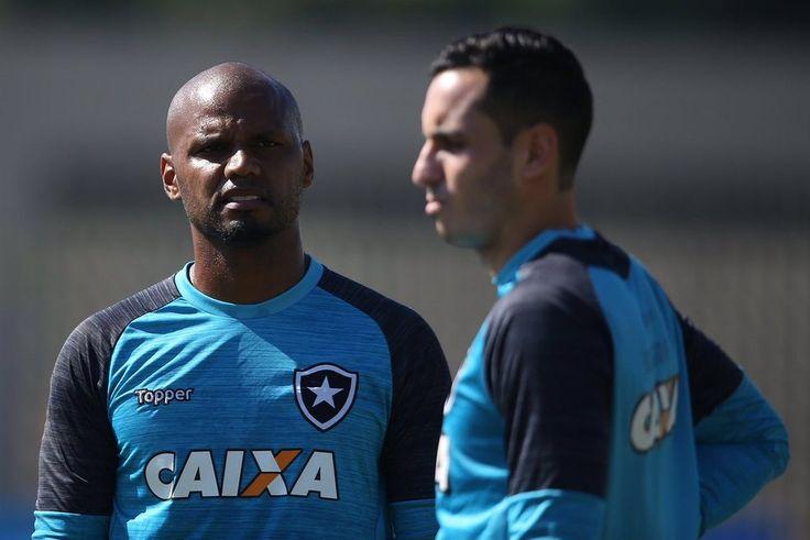 BotafogoDePrimeira: Gatito segue fora, e Jefferson será titular no jog...