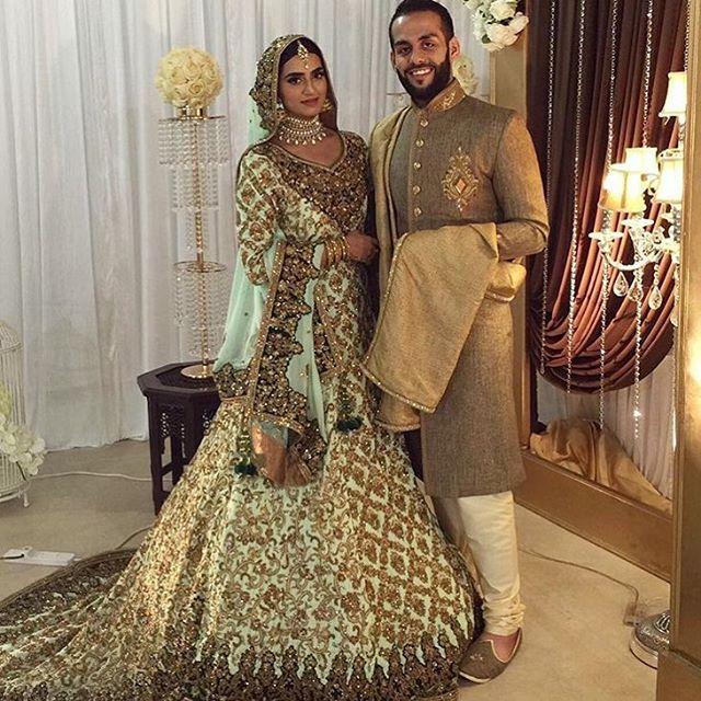 @munizap looks like a dream!!🔝🔝🔝 Loving her bridal dress and May God bless the couple💑 #WeddingMadness#BridalWear#Details#WeddingDiaries#Regal - - - - - #ElleLifestyle - - - - - #pakistan#fashionista#karachi#lahore#islamabad#trendy#fashiondiaries#pret#karachifashion#styleupdates#pakistanfashion#bespoke#elegant#makeupaddict#americanblogger#fashionblogger#ellelifestyle
