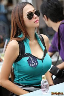 Foto Seksi Aura Kasih Payudara Besar No Sensor   Siapa yang tidakkenal dengan wanita ini. Aura kasi...