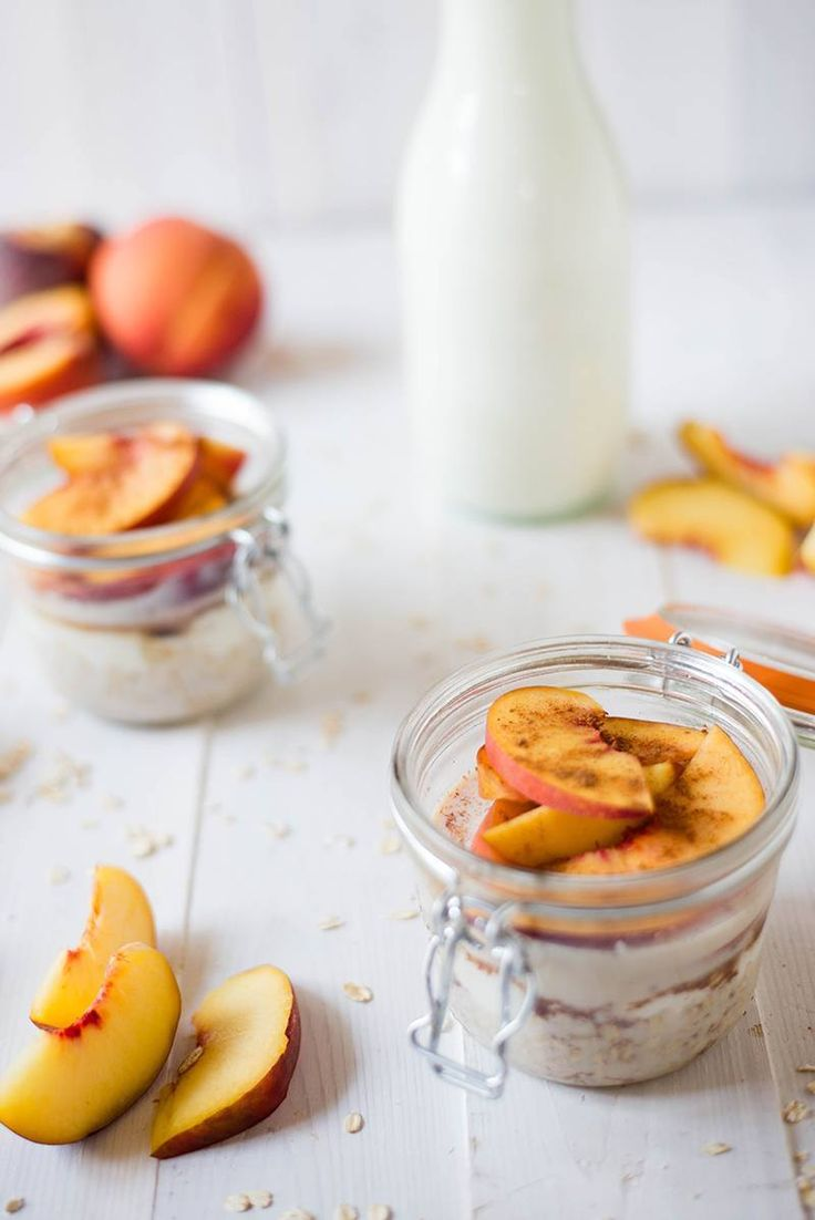 Fresh Peach Cobbler Overnight Oats - Combines fresh peaches with the perfect balance of sweet and spice.