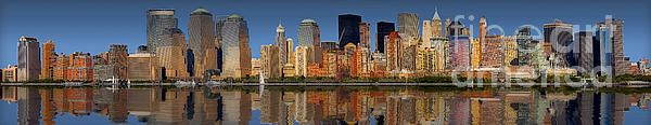 A panoramic view of the Lower Manhattan Skyline.