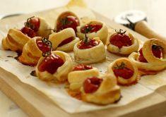 Pomodorini in crosta di sfoglia
