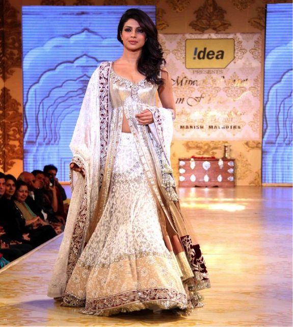 #PriyankaChopra in #ManishMalhotra #Lengha