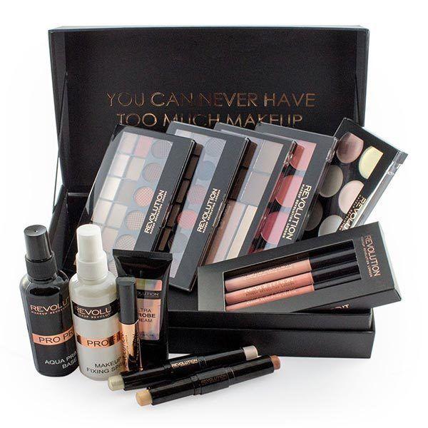 Makeup Revolution 12 Days of Christmas Storage Chest | Superdrug