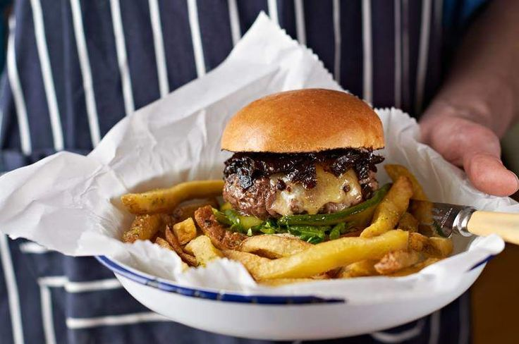 The 15 Best Burgers in the World (Outside the US) - Le Bartholome at Big Fernand