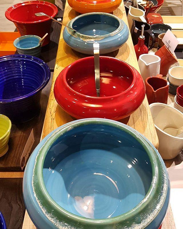 Our beautiful Katora bowls perfect for buffet and displays! Shop now at www.hughjordan.com! #Katora #Colour #Indian #Buffet #Display #Food