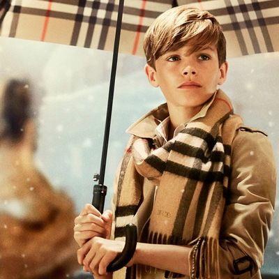 """Những thước phim quảng cáo gây """"xốn xang"""" của thời trang thế giới"""