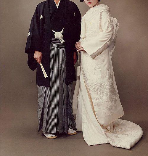 RED STRING BY YOSHIKATSU FUJII