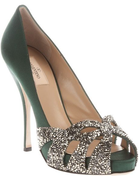 Valentino ~ Peep Toe Silk pump in green