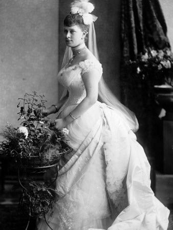 Princess Victoria Mary of Teck (later Queen Mary).