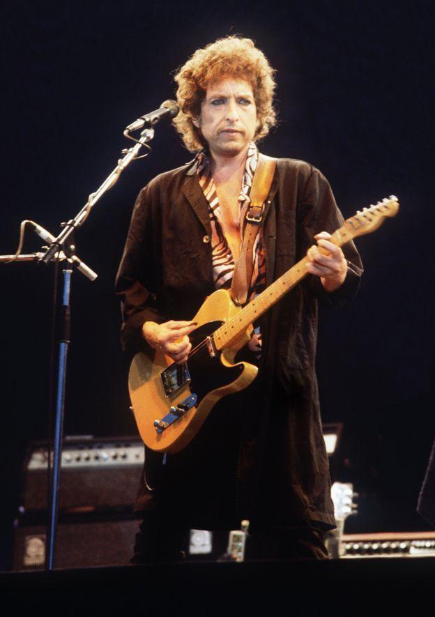 Bob Dylan e suas lindas letras!!!  :)