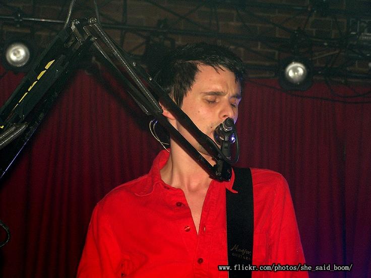 Matt Bellamy_30 November 2004 — The Mercy Lounge, Nashville, TN, USA