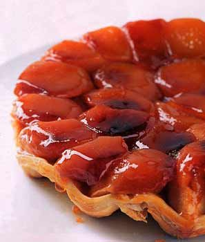 Tarte Tatin ... unbeatable for lusciousness ... caramelized apples on buttery puff pastry crust ...