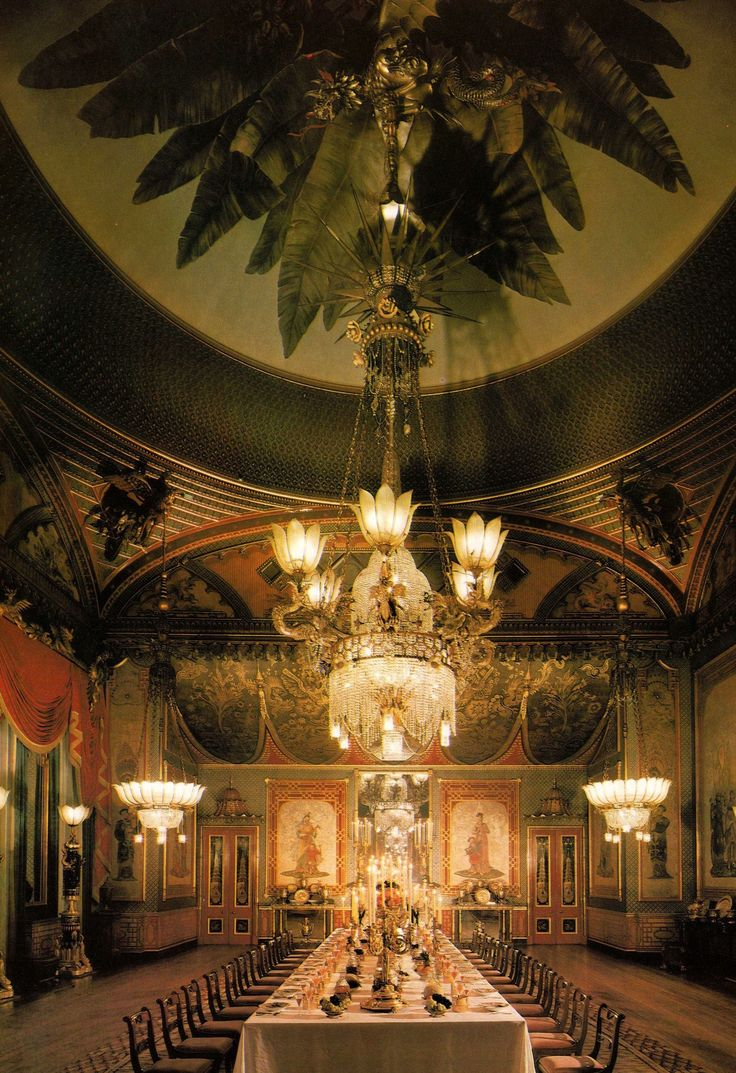 The Banqueting Room - The Royal Pavilion - Brighton - England - - - A Royal Residence