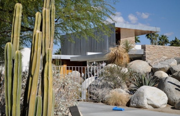 Kaufmann House | Palm Springs, cool design for summer living