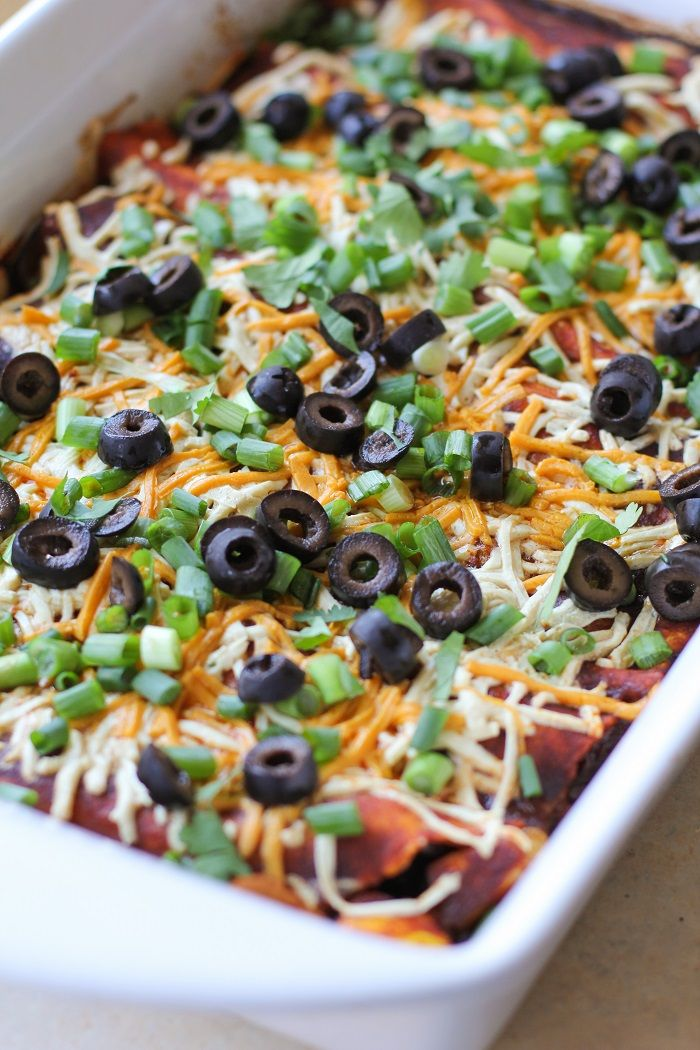 Vegetarian enchiladas with mushrooms, zucchini, yellow squash, bell pepper, black beans and @daiyafoods cheese #healthy #vegetarian #recipe