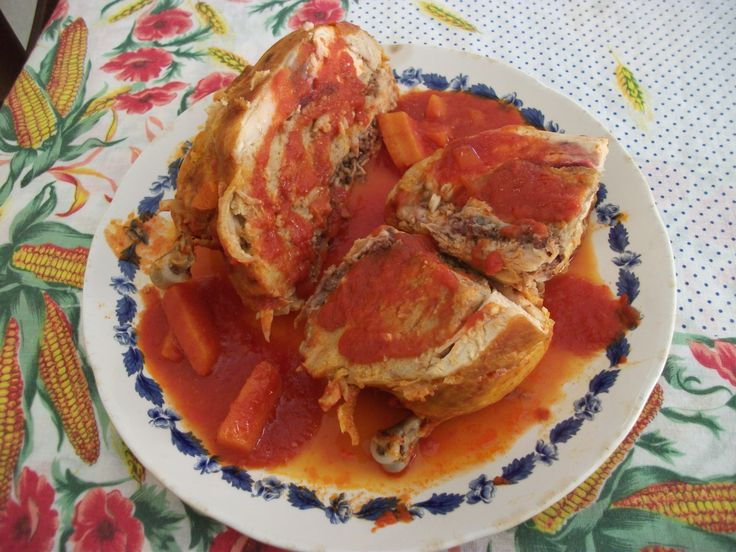 Pollo farcito ('o pullastr'  'mbuttunat') http://blog.giallozafferano.it/gustidicasa/pollo-farcito-o-pullastr-mbuttunat/