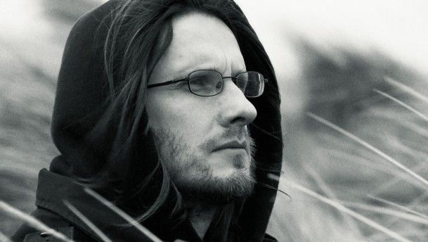 "Steven Wilson  ""Sing for me Raven I miss her so much Sing to me , Lily. I miss you so much.''"