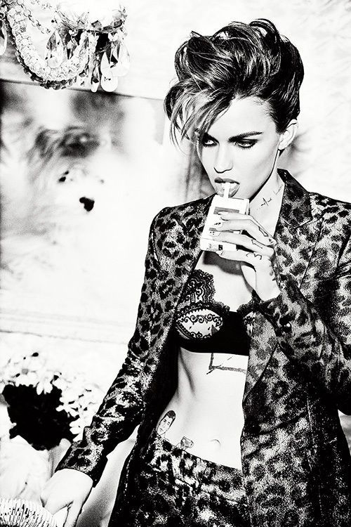 COSMOPOLA  Ellen von Unwerth  | Cosmopola | presented by GoSee ©