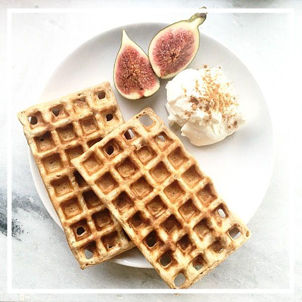 Wafels bij het ontbijt! Voor de ochtenden wanneer je alle tijd hebt én voor de ochtenden dat je wat moet hebben liggen zodat je direct de deur uit kunt.