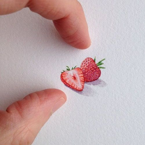 An artist created itty-bitty paintings every day for a year. Here are 15 of them.