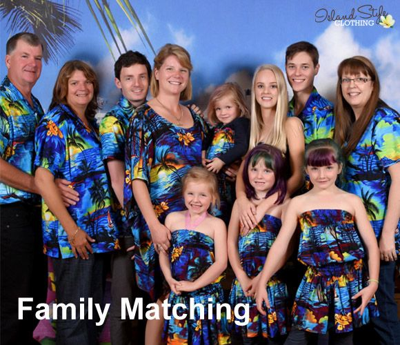 Fabulous matching shot of this family in our Blue Sunset Hawaiian Clothing range.