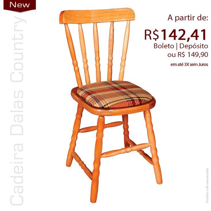 Cadeira de madeira com assento estofado, da mais conforto ao usuário, pintura laca brilho Branca ou Cadeira Torneada em Madeira Estofada pintura em PU Cadeira para decorações marcantes.