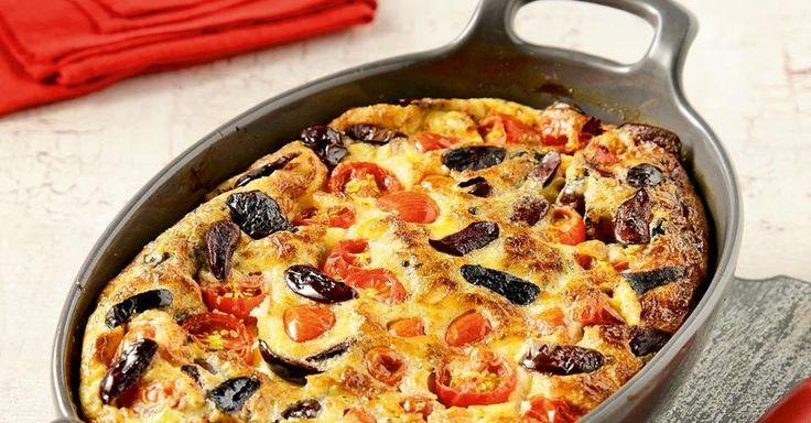 Αφράτη ομελέτα φούρνου με ντοματίνια και γραβιέρα | Συνταγές | FoodManiacs