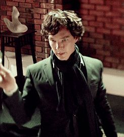 If already pined this one but it is so beautiful :D Drunk Sherlock is a a thing of beauty. [GIF]