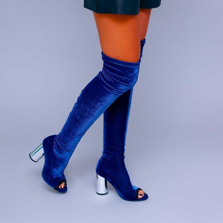 Cizmele de dama Mineli Lora Velvet sunt realizate din catifeastretch și oferă originalitate și sex…