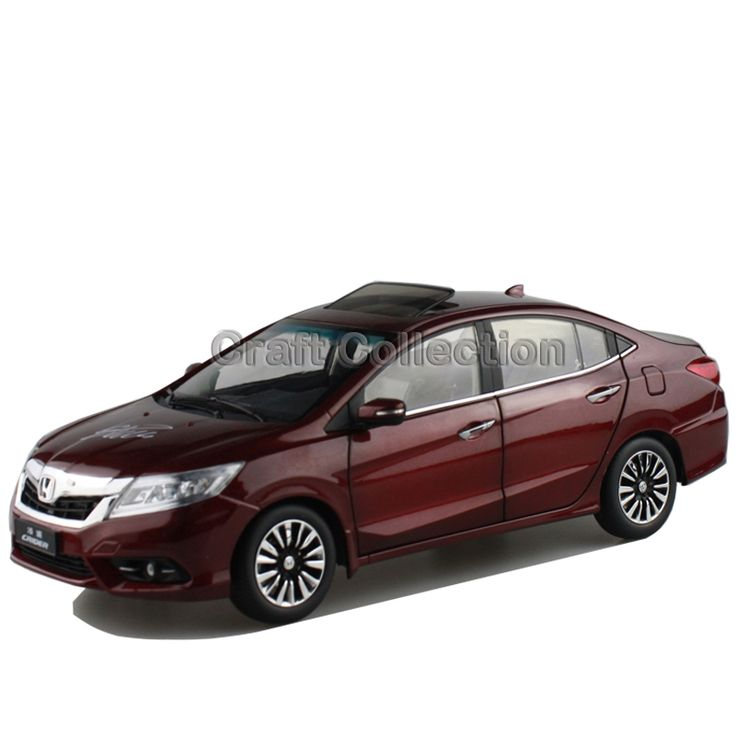 88.80$  Buy now - http://aliol9.shopchina.info/go.php?t=32491326461 - *New Red1:18 Honda Crider 2015 Diecast Model Car Alloy Toy with Cristiano Ronaldo Signature * Panel Included 88.80$ #aliexpresschina