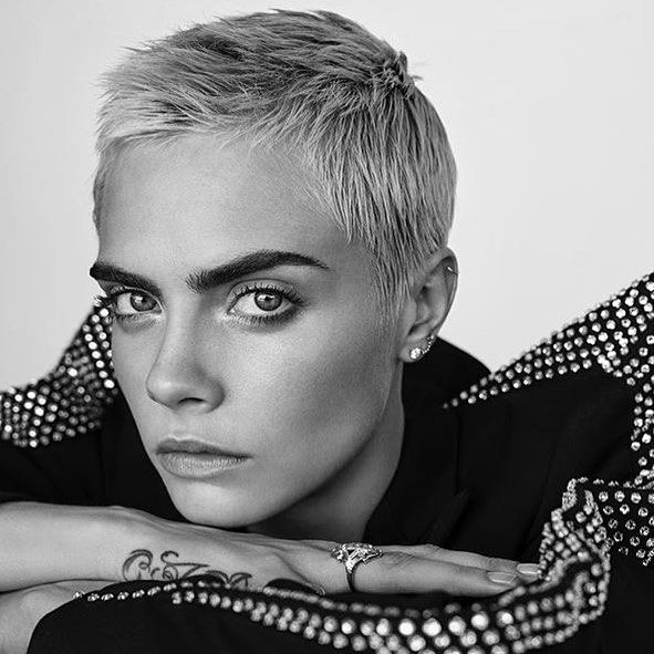 "485 Likes, 2 Comments - Cara Delevingne News (@cazdelviznews) on Instagram: ""Things That Are Worth It Are Never Simple. #caradelevingne"""