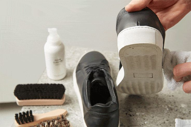 Your tool kit  Here's what you need:  SELECTED Foam Cleanser SELECTED Shoe Cream SELECTED Protector Spray Shoe brushes Clean towel The will to get your shoes clean again