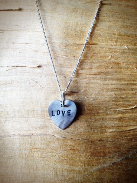 Love every moment and capture every memory with the Livto love heart necklace. Our heart collections make the perfect presents - and this would be just lovely for the special loved one in your life. Whether it's for a best friend that's been there through thick and thin or for someone that's been your rock this Love necklace really does speak volumes.