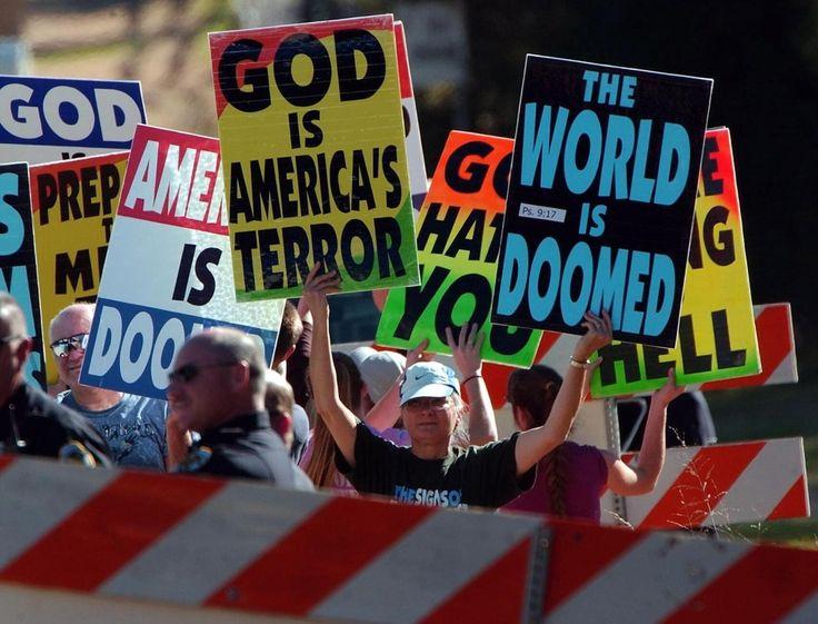 """Problematiskt. Att hänvisa till sin egen """"inre röst"""" i samvetsfrihetskamp är djupt problematiskt. Då kan vi inte ha synpunkter på till exempel Westboro Baptist Church som i Guds namn trakasserar homosexuella. Det skriver tre företrädare för MRO – människorätt för ofödda."""