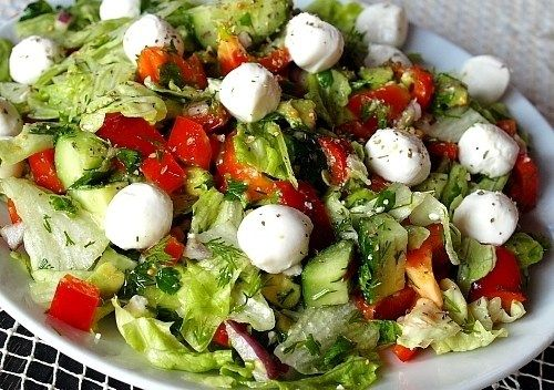 Салат с моцареллой — как просто приготовить по настоящему изысканное блюдо | Застолье-онлайн