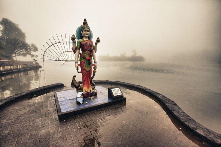 Ganga Maa ... by Akhil Vinayak Menon on 500px