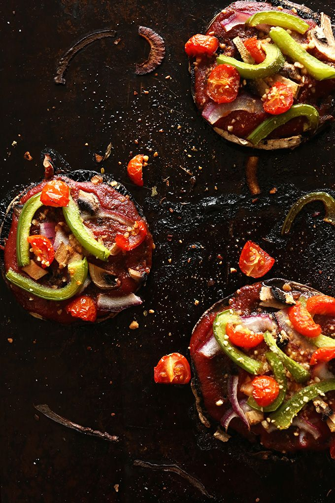 EASY Portobello Pizzas! #vegan #glutenfree: Olive Oil, Foodie, Vegans, Vegan Portobello, Portobello Pizzas, Mushroom Pizzas, Mushrooms