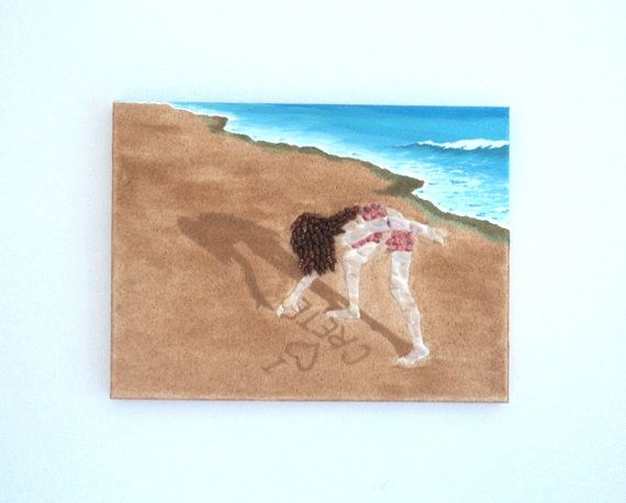 Acrylic Painting, Beach Artwork with Seashells and Sand, Girl Writing in the Sand in Seashell mosaic, Mosaic Art, 3D Art Collage, Home Decor, Wall Decor #ArtworkwithSeashells #mosaiccollage #seashellmosaic #homedecor #walldecor #3D
