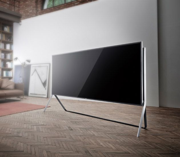 Samsung's latest 105-inch UHD TV isn't just curved: it bends too! Ultra HD 4KTV