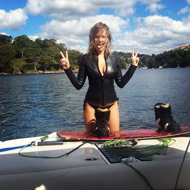 Lara Bingle body PLEASE!