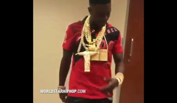 Boosie Badazz Out Here Flexing With A Million In Jewelry! -  Click link to view & comment:  http://www.afrotainmenttv.com/boosie-badazz-out-here-flexing-with-a-million-in-jewelry/